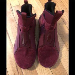 Puma Maroon Velour SlipOn Sneakers Size 6.5